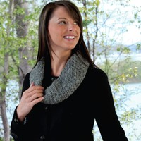 W365 Twisted Trellis Cowl (Free)