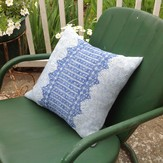 Classic Elite Yarns Mesa Pillow (Free)