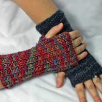 Seeded Rib Wristwarmers PDF