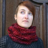 Kira K. Designs 521 Looped Cowl PDF