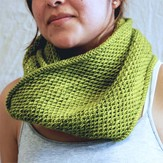 Madelinetosh Honey Cowl (Free)