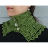 Nina Machlin Dayton Strawberry Leaves Neckwarmer PDF