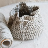 Valley Yarns 595 Crocheted Linen Basket (Free)